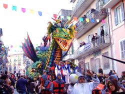 b_250_0_16777215_00_images_stories_ronciglione_carnevale-ronciglione.jpg