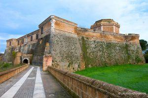 b_300_0_16777215_00_images_stories_civitacastellana_civita-castellana-rocca.jpg
